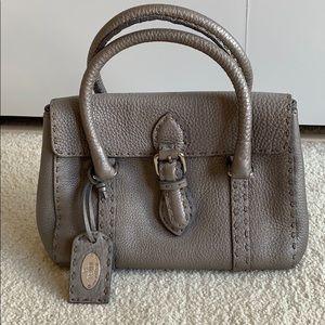 Authentic Fendi Selleria Linda satchel / h…